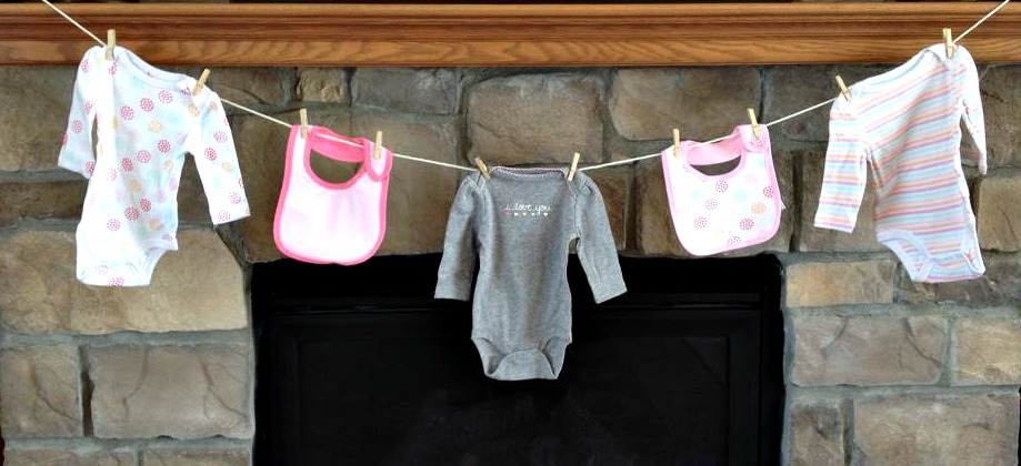 baby-shower-banner-clothes