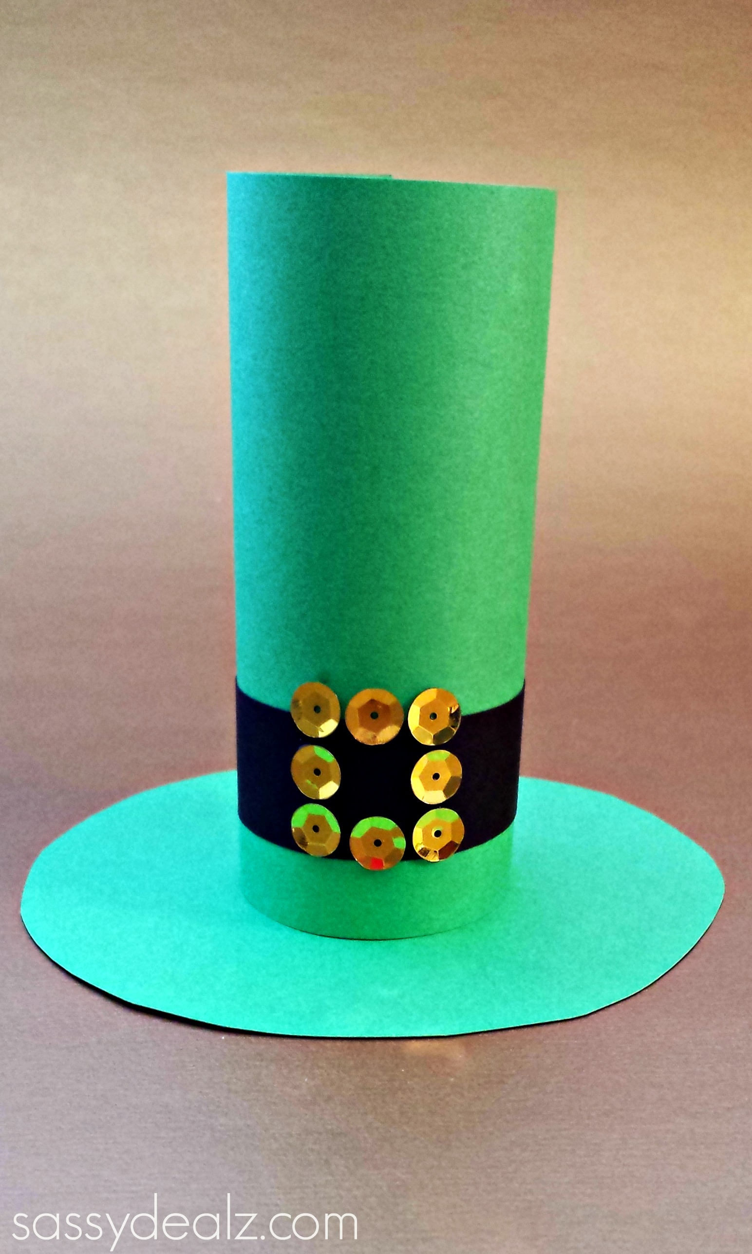 Toilet paper roll craft - St Patrick Toilet Paper Roll Hat