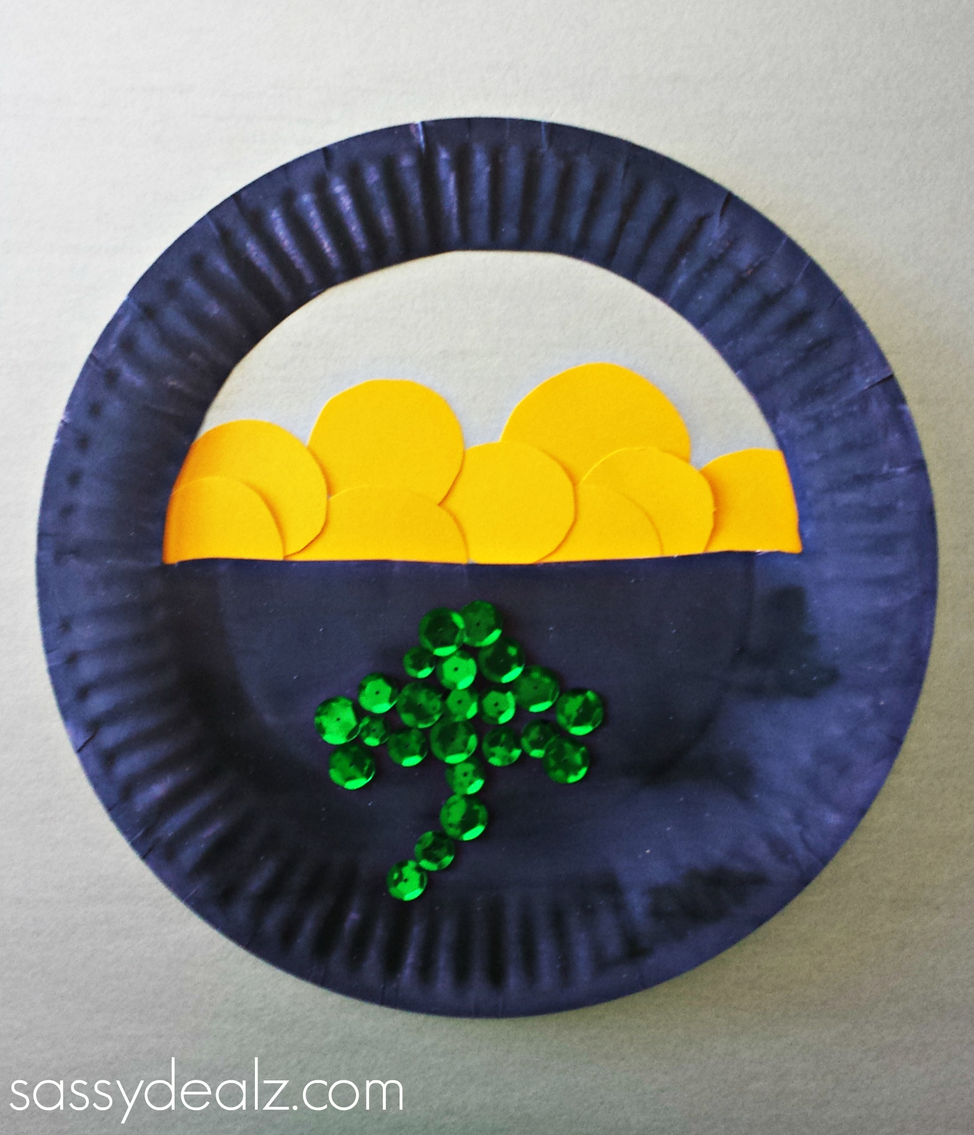 paper plate pot of gold craft & Paper Plate Pot of Gold Craft For St. Patricku0027s Day - Crafty Morning
