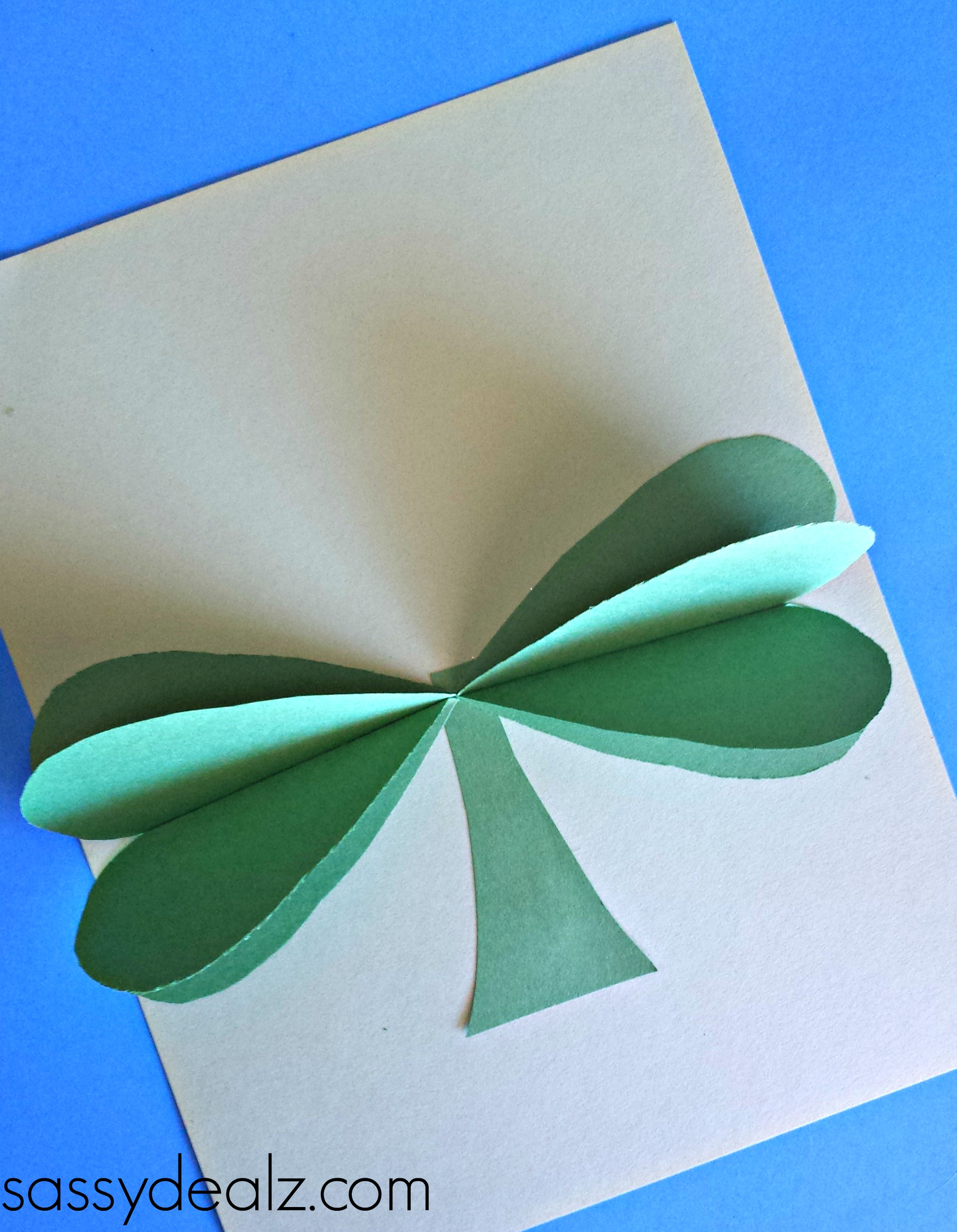 3d Paper Heart Craft: 3D Paper Shamrock Craft For St. Patrick's Day