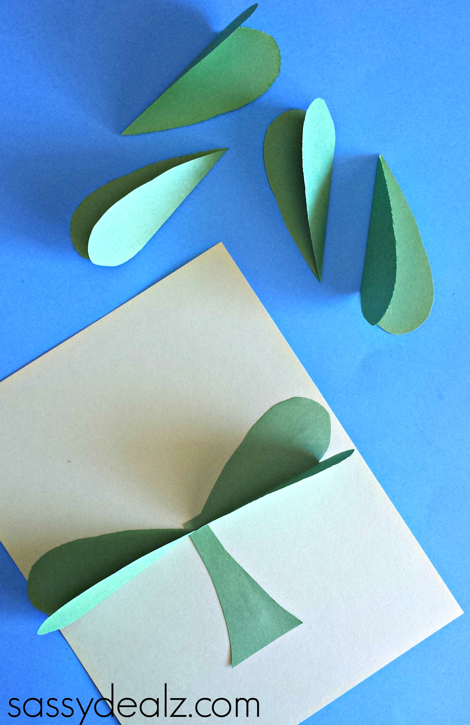 3D Paper Shamrock Craft For St  Patrick's Day - Crafty Morning