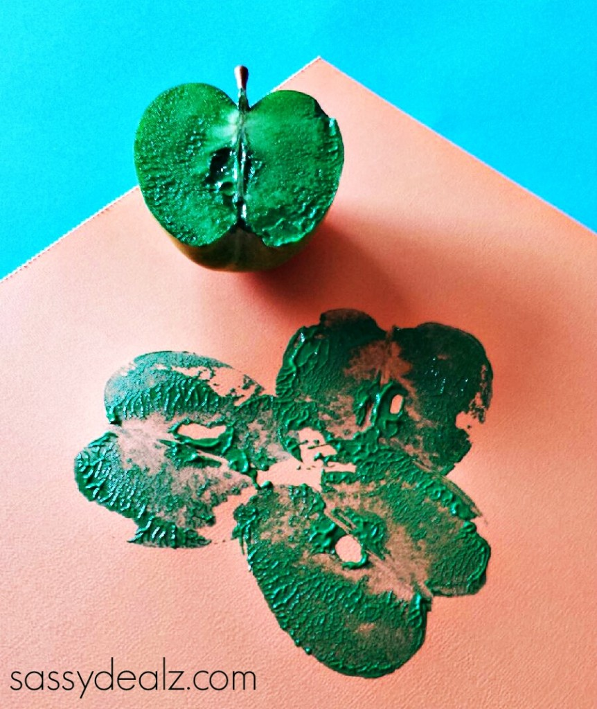 apple-print-shamrock