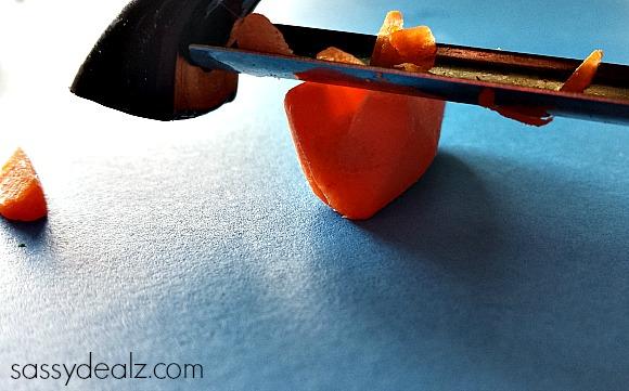 carrot-stamp-shamrock-craft