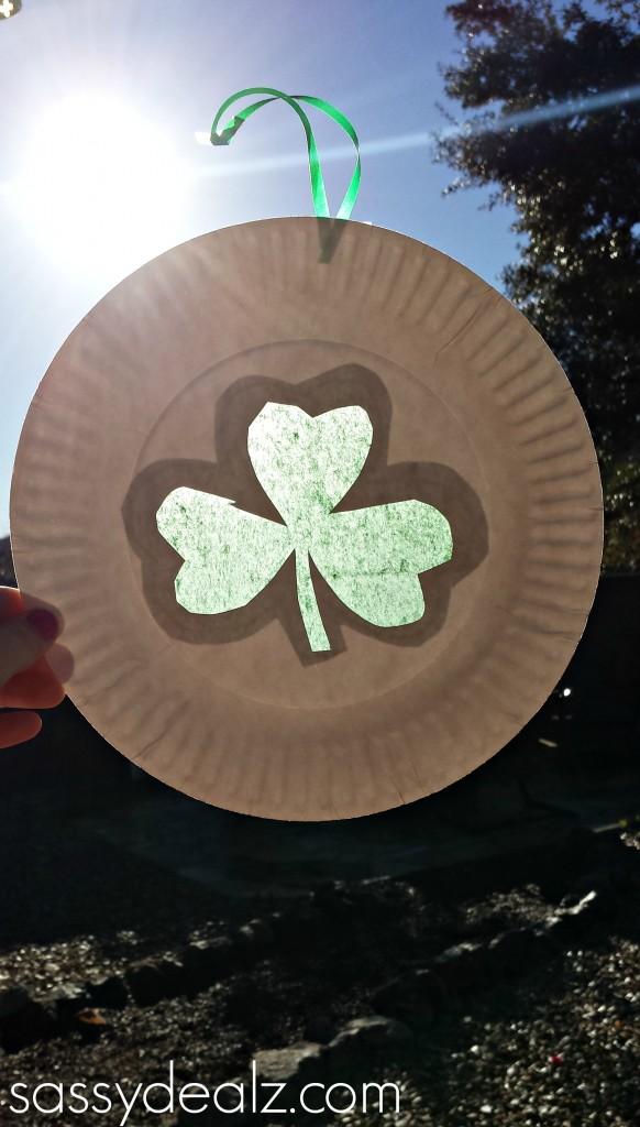 paper plate shamrock sun catcher