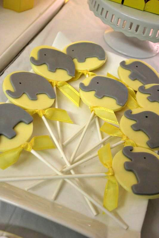 chocolate-elephant-pops