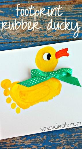footprint-duck-craft-for-kids-