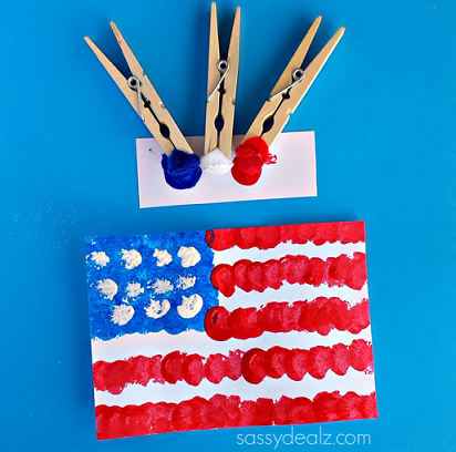 pom-pom-american-flag-craft-for-kids